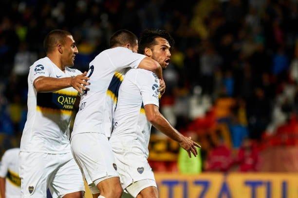Boca sufrió, pero ganó en Mendoza