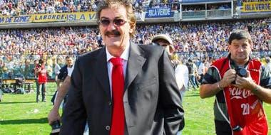 La Volpe recordó su debut en Boca con la corbata roja